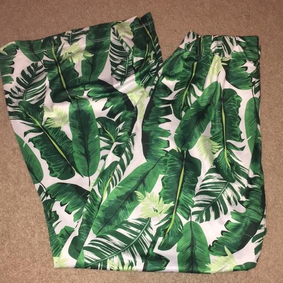 4cb6aa2359e Francesca s Collections Pants - Tropical Palm Tree Print Palazzo Wide Leg  Pants!